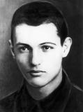 Боец Советской Армии Огнян Найдов-Железов