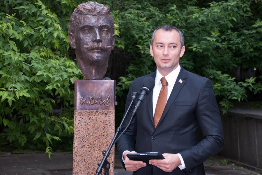 Министр Николай Младенов